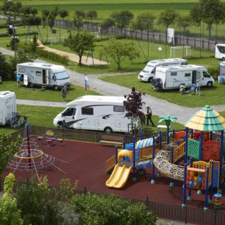 Camping Oase Praha - Campingplätze